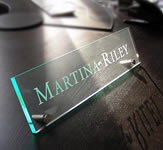 An example of engraved desk sign