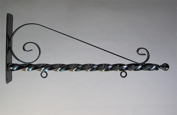 """24"""" Steel Scroll Bracket"""