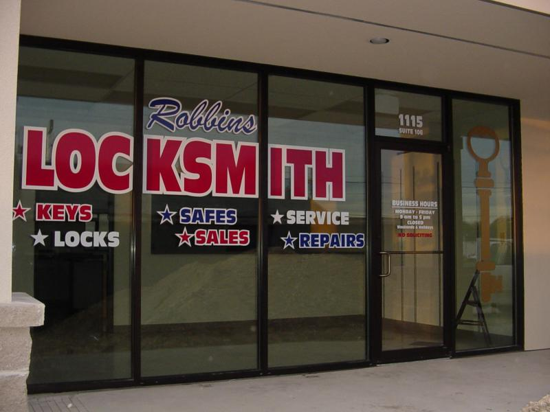 Picture of storefront vinyl lettering and graphics